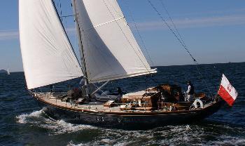 yacht design: Quenian