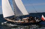 Classic sloop Quenian